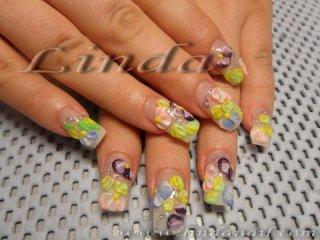 Ноктопластика - релефни цветя с цветен акрил