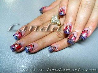 Ноктопластика с акригел - дизайн на крило на пеперуда, направен с цветни гел боички