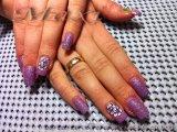 Ноктопластика с гел - в лилаво с използване на пясъчен лак и рисувани цветя