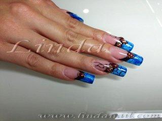 """Ноктопластика с гел - френчевата линия е направена със синя гел боичка и матово светло-синьо фолио, с използване на техниката """"кракелюр"""" (напукващ ефект); Време: 5 часа; Цена: 120 лв"""