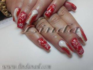 Коледен дизайн с рисунки и декоративни елементи